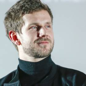 Antek Królikowski wspomina ojca. Dodał poruszające zdjęcie i wspomniał o urodzinach Pawła Królikowskiego
