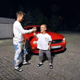 """Mini Majk dostałMustanga od Ekipy! """"Mnie stać tylko na lody Ekipy"""" - piszą fani pod filmem"""