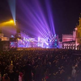 Sylwester 2018 w Krakowie: Quebonafide gwiazdą wieczoru. Kto jeszcze wystąpi?