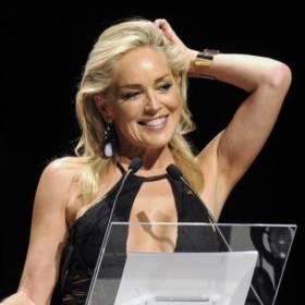 Sharon Stone w bikini! 62-aktorka zachwyca figurą