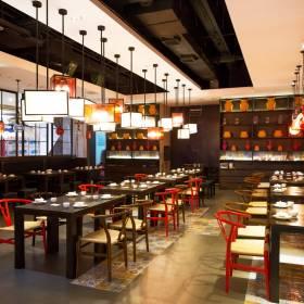 Popularna restauracja zamknie swoje lokale w galeriach handlowych. Kłopoty sieci po pandemii