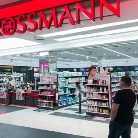 Kolejna akcja 2+2 gratis w Rossmannie. Produkty dla całej rodziny tańsze!