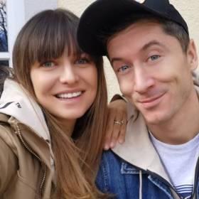 Anna i Robert Lewandowscy na wspólnej fotografii z wakacji. Gorący kadr zachwycił internautów!