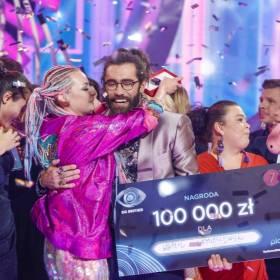 """Kamil Lemieszewski z """"Big Brothera"""" nago. Rozbierane zdjęcie pokazała też Ewa Kępys"""