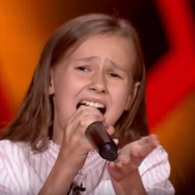 """""""The Voice Kids 3"""". Ola Gwazdacz zachwyciła jurorów swoim potężnym głosem. Ale tego nie pokazano w telewizji!"""