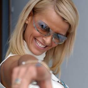 Mandaryna wraca z #hot16challenge2. Była żona Wiśniewskiego nagrała utwór z ich synem Xavierem