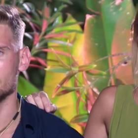 """""""Hotel Paradise 2"""". Robert wyrzucił z programu Karolinę! Pociągnęła za sobą faworytkę. Odpadły dwie osoby"""