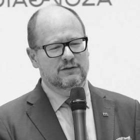 Pogrzeb Pawła Adamowicza: Rodzina zmarłego prezydenta Gdańska otrzymała różańce od papieża Franciszka