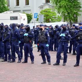 Policjanci będą lepiej chronieni? Szef MSWiA planuje podwyższenie kar za znieważenie funkcjonariusza