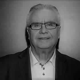 """Koniec śledztwa w sprawie śmiertelnego wypadku Janusza Dzięcioła.""""Nie ustąpiono pierwszeństwa przejazdu""""- podajeprokuratura"""