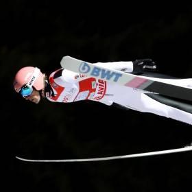 Klingenthal: Polacy na pierwszym miejscu w drużynowym konkursie!
