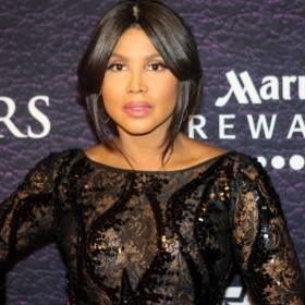 Toni Braxton niemal nago. 53-letnia wokalistka publikuje śmiały kadr!