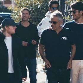 """Ed Sheeran i Andrea Bocelli w duecie. """"Perfect"""" po włosku i z orkiestrą!"""