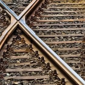Mężczyzna zginął pod kołami pociągu: Nie miał szans na przeżycie