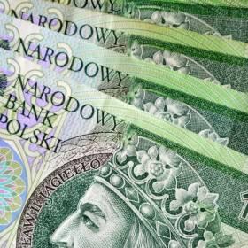 Podrobił sześć banknotów i zapłacił nimi w klubie. Sąd skazał go na 20 miesięcy więzienia