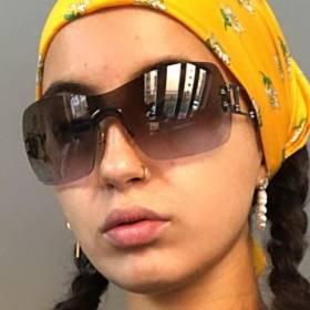 Odmieniona córka Kasi Kowalskiej w skąpym bikini. Porównują ją do Miley Cyrus [ZDJĘCIA]