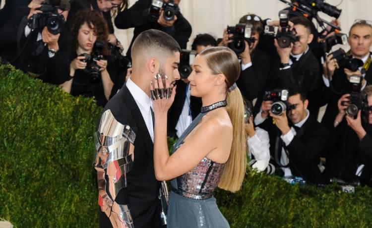 Gigi Hadid i Zayn Malik spodziewają się dziecka?! Na nowych zdjęciach modelki widać zaokrąglony brzuszek? - Szołbiznes - MAXXX News | RMF MAXXX