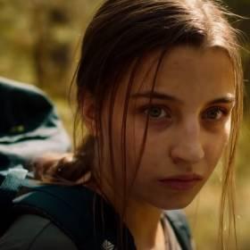 """Julia Wieniawa zagrała w horrorze. Oto teaser filmu """"W lesie dziś nie zaśnie nikt"""""""