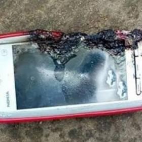 Nokia 5233 zabiła nastolatkę. Eksplodowała jej w twarz