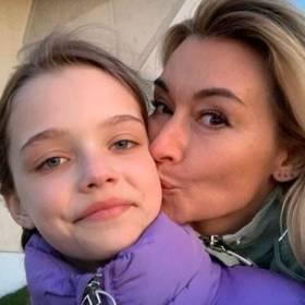 Martyna Wojciechowska pokazała zdjęcie młodego chłopca, cierpiącego na białaczkę. Doceniła zdrowie córki